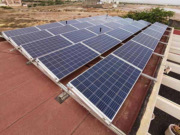 Hotel PorDoSol solar panel